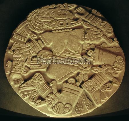 azteken relief aus tenochitlan
