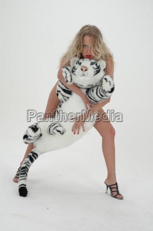 alena hot sibirian cats