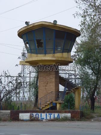 kontrollturm der polizei