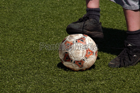 fussball kicker in schwarz