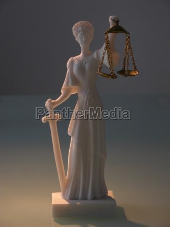 das lange schwert der justitia