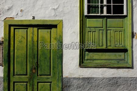 house facade in tenerife
