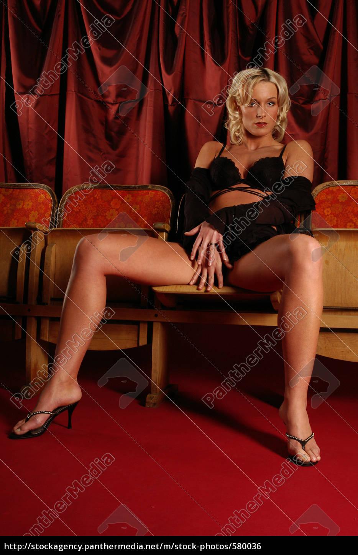 Erotik Fotomodelle - Adults Only Models bei Andoode