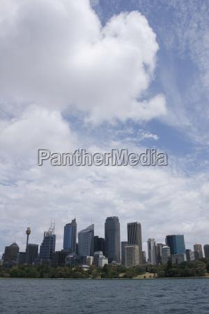 sydney unter wolken