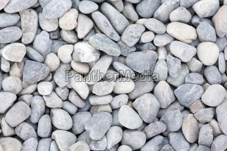 many pebbles