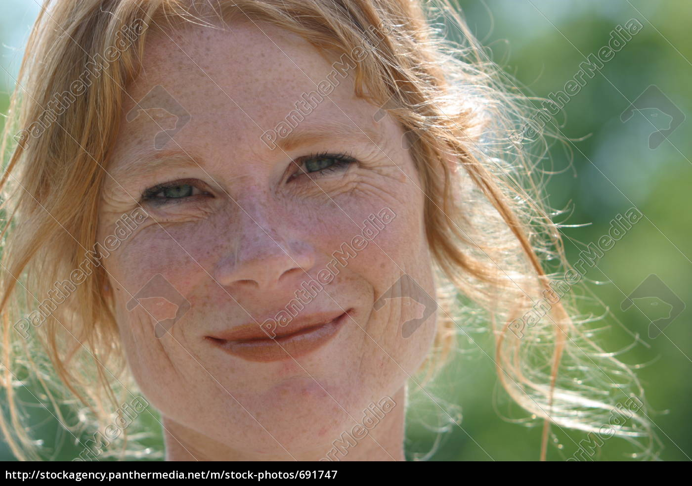Frau single 40