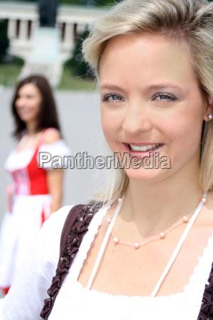 blonde muenchnerin