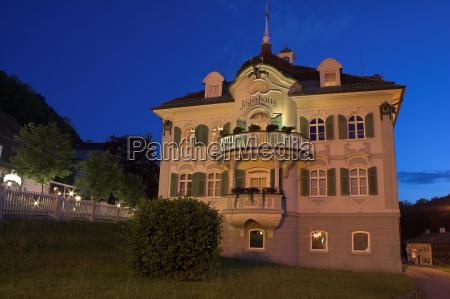jaegerhaus bei nacht
