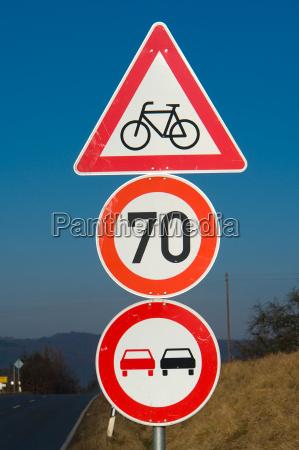 verkehrszeichen fahrradfahrer 70 UEberh