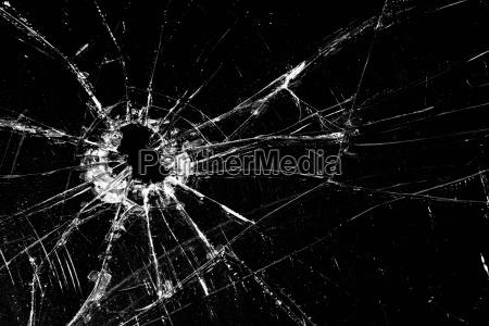 glasscherben auf schwarz