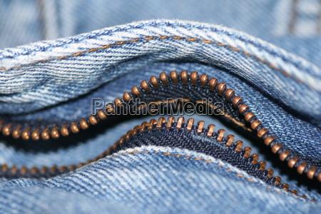 reissverschluss einer jeans