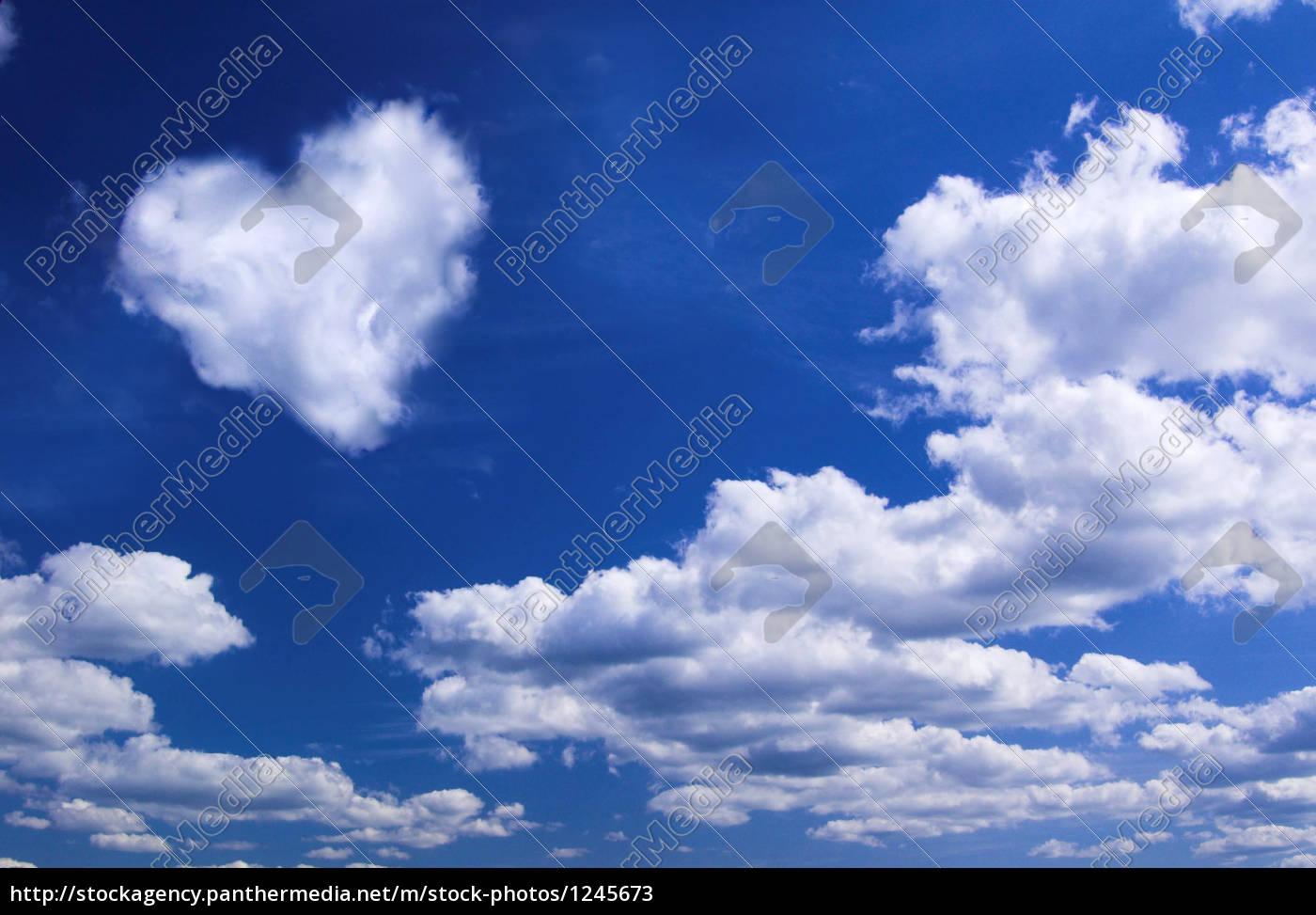 Lizenzfreies Bild 1245673 - Herz aus Wolken II