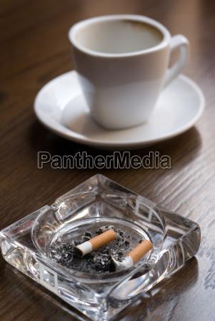 nicotina y cafeina