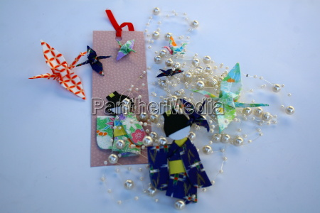 origami dolls with giapponese luck symbols
