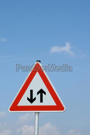 caution against traffic