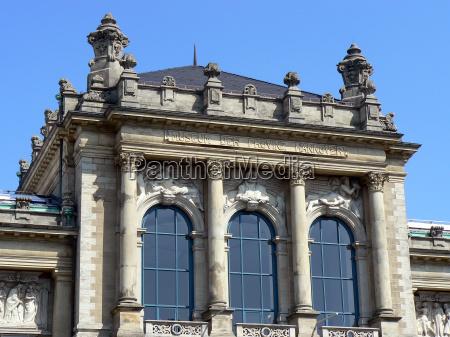 colonne museo hannover stile di costruzione