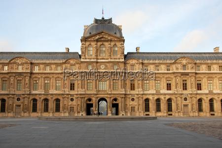 museum des louvre
