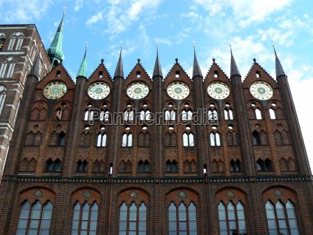 municipio citta anseatica gotico segni simbolo