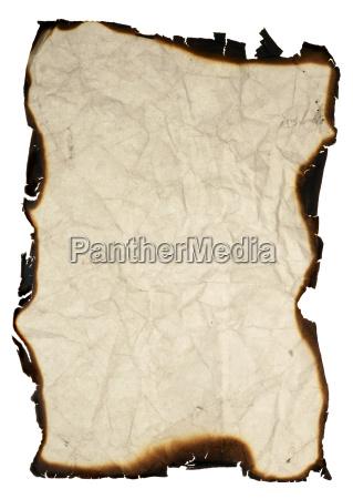 zerknittertes papier mit gebrannten raendern
