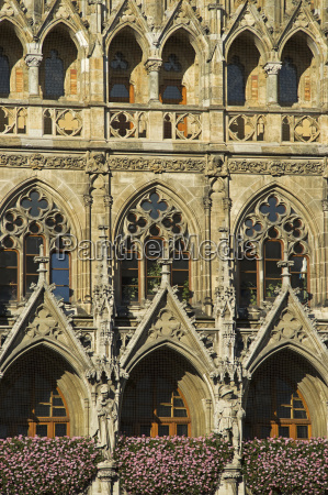 detail of munich town hall