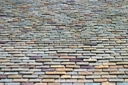 haus gebaeude stein kacheln baustil architektur