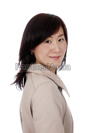 asiatische chinesische geschaeftsfrau mit mantel