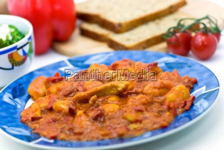gnocchi mit putenfleisch paprika sosse