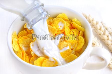 fresh milk and flakes