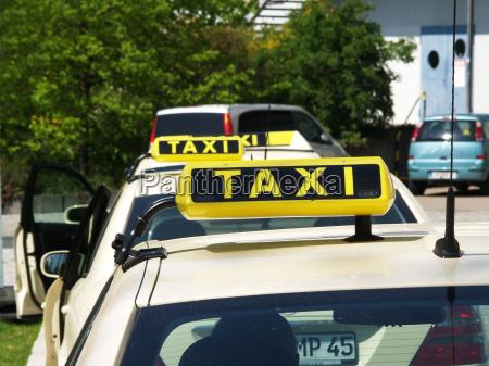 wartende taxi