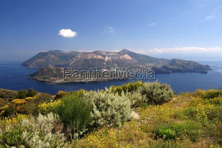 liparische insel vulcano bei sizilien