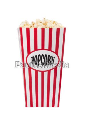 popcorn box mit popcorn gefuellt isoliert