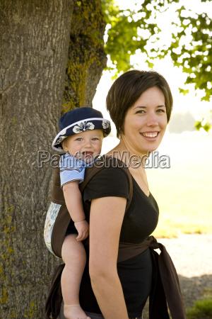 baby boy im rucksack