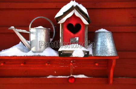alte rote vogelhaus