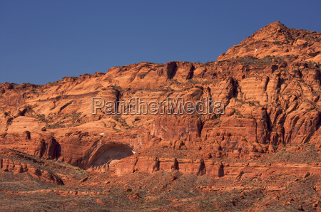 red rocks of utah with dramatic