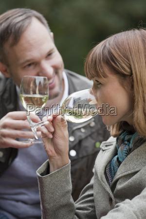 happy couple at picnic
