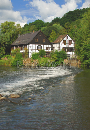 kotten on the wupper in the