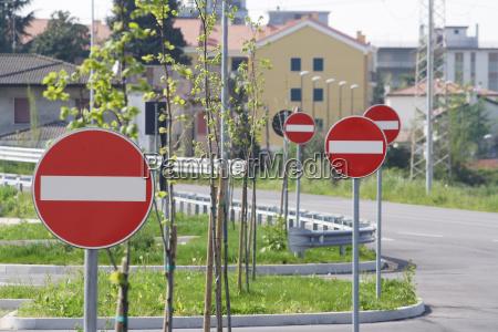 schild signal zeichen auto automobil personenkraftwagen