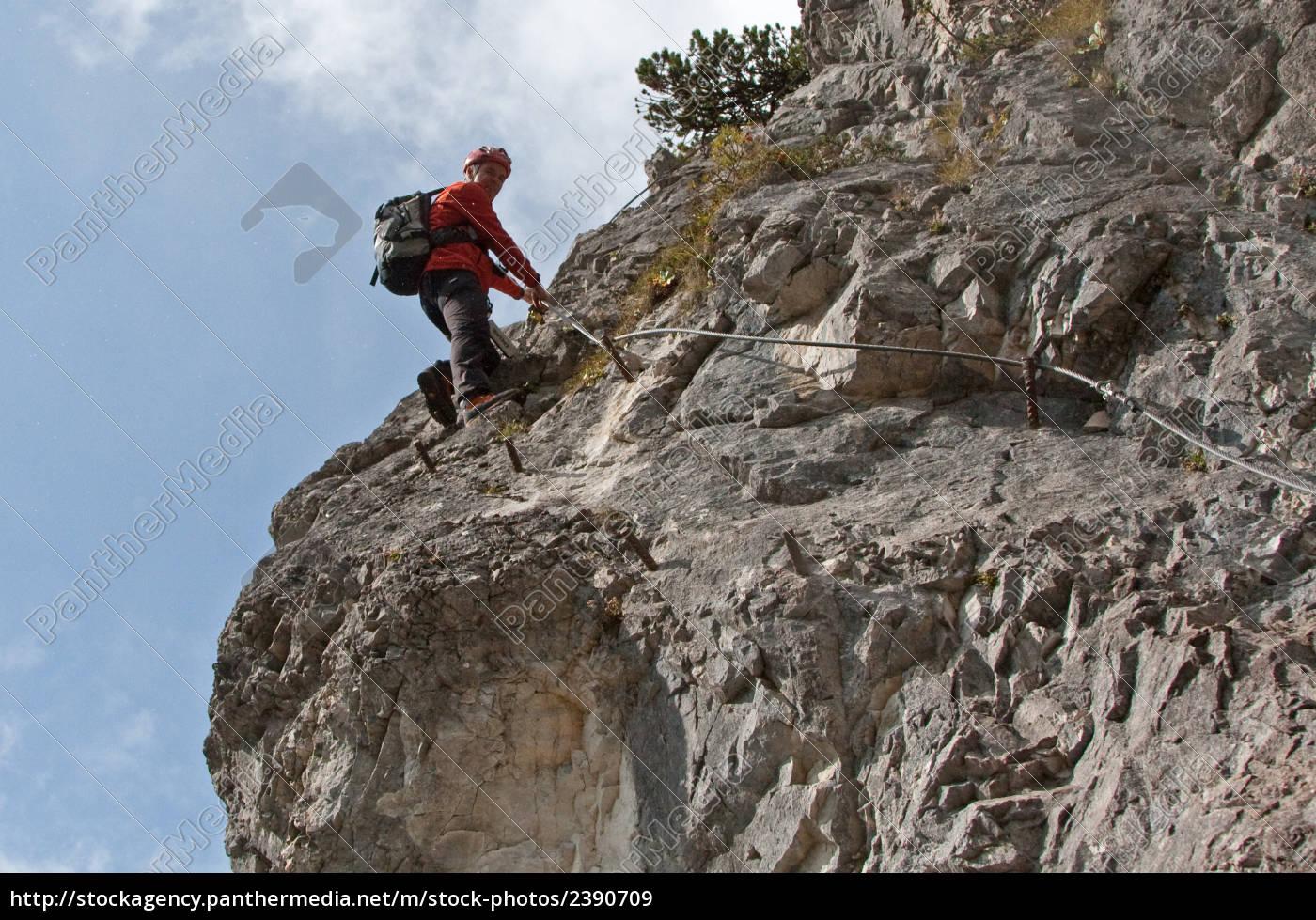 Klettersteig Ramsau : Ramsau am dachstein Österreich august leute die auf