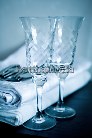two glasses and cloth