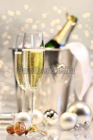 silver champagne party