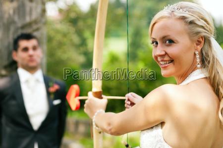 bride effort to groom