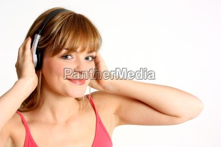 teenie hoert musik