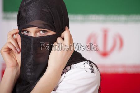 moslemische frau ueber den iran flag