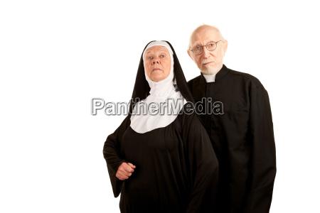 lustige priester und nonne