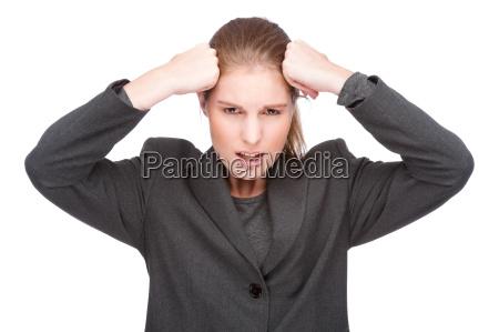 geschaeftsfrau mit kopfschmerzen