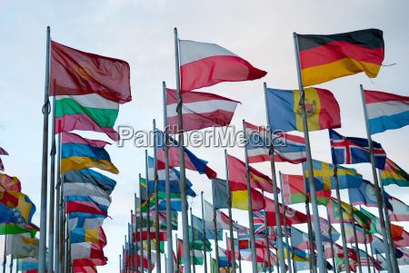 staatsflaggen im wind