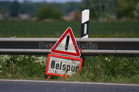 achtung oelspur