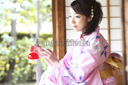 japanese old woman wearing kimono and