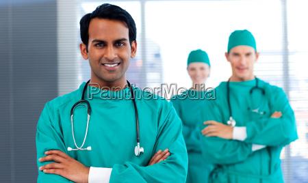 eine gruppe von chirurgen die vielfalt
