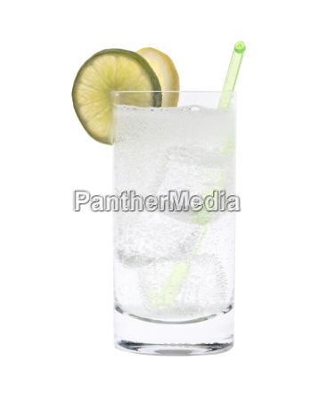 wodka oder gin tonic cocktail